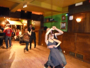"""Swing is in the air party"""" za 15 dec in Wima Sint-Niklaas ! (143)"""