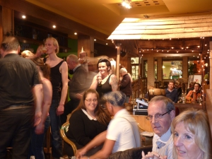 """Swing is in the air party"""" za 15 dec in Wima Sint-Niklaas ! (210)"""