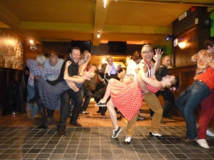 """Swing is in the air party"""" za 15 dec in Wima Sint-Niklaas ! (342)"""